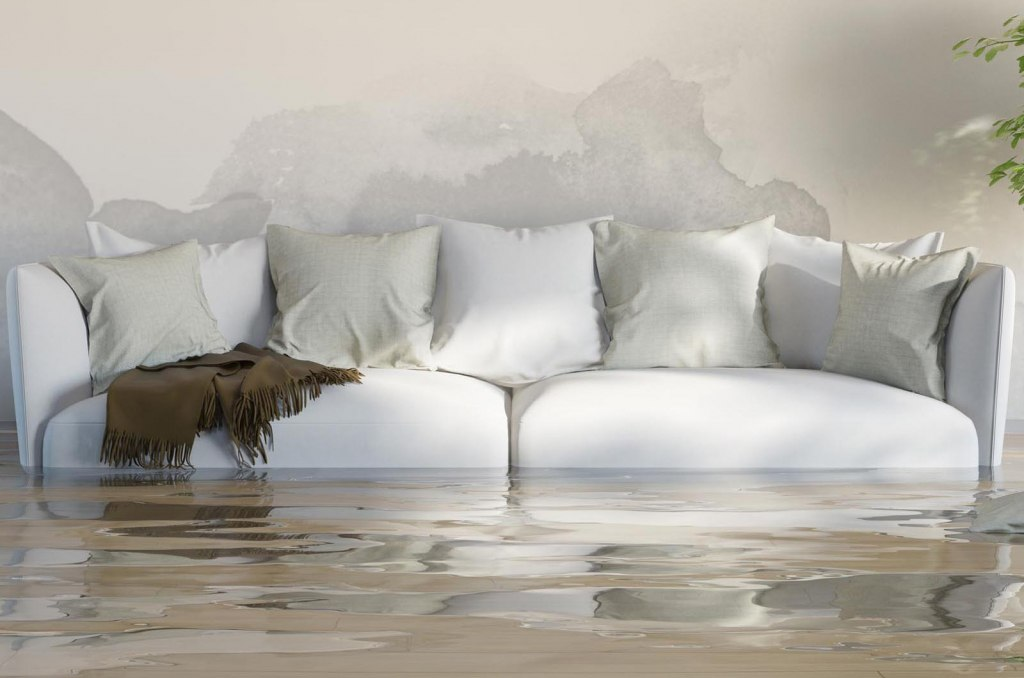 Lounge Flood? get help with restoration from ServiceMaster Clean Devon