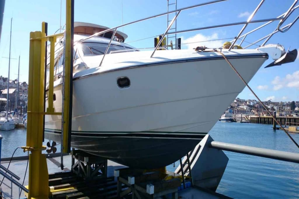 Yacht and boat cleaning services in Devon